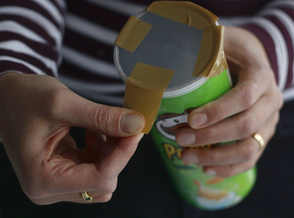 Make your first cold process soap using an empty pringles can