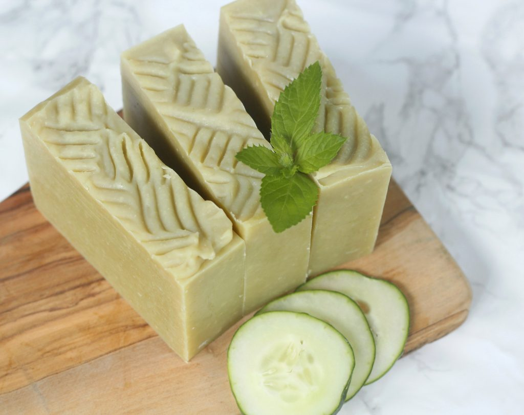 I love using fresh ingredients in my cold process soap especially when they're home grown. This all natural recipe features fresh cucumber as well as mint essential oil. #coldprocess #naturalsoap #DIY #essentialoil #howtomakesoap