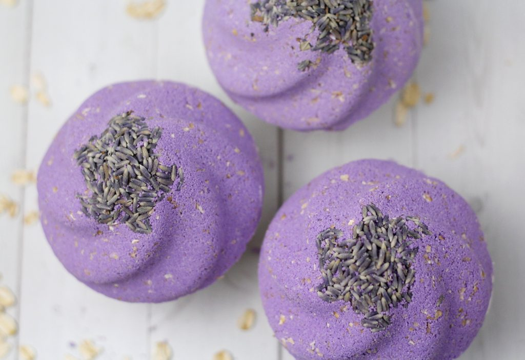 Lavender Oatmeal Cupcake Bath Bomb DIY with natural essential oils