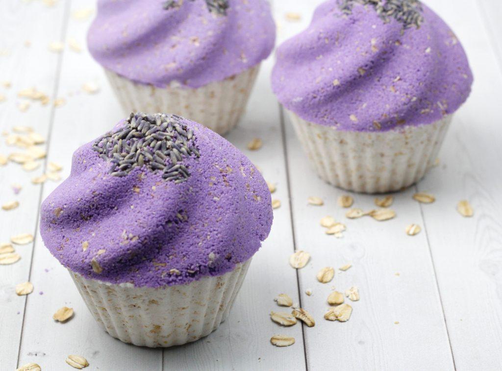 3 Lavender Oatmeal Cupcake Bath Bomb DIY