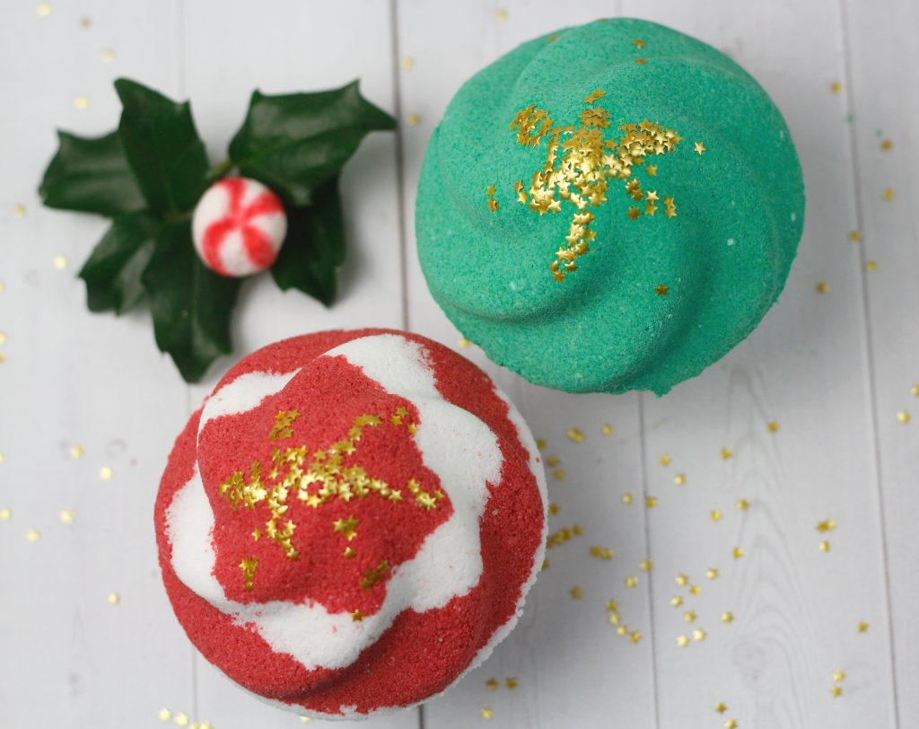 Red and green holiday cupcake bath bombs